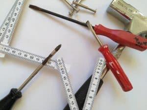 Handwerker, Meterstab, Schraubenzieher