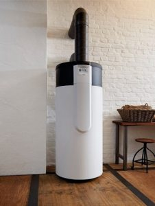 Tipp zum Bau beschreibt die Funktionalität des Schichtenspeichers als Wärmespeicher.