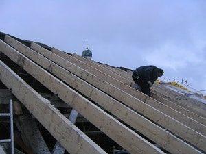 Dachdecker, Dach, Dach decken, Dachziegel