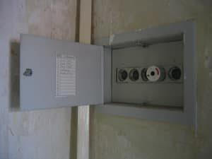Lichtschalter und Steckdosen