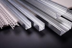 Auf für die Montage von Elektrokabeln finden Sie bei Tipp zum Bau das passende Befestigungsmaterial.