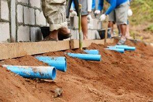 Wie eine Drainage aufgebaut ist, erfahren Sie bei Tipp zum Bau.