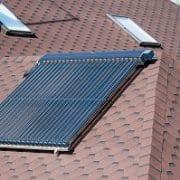 Solaranlagen bieten zahlreiche Vorteile. Tipp zum Bau zeigt Ihnen, welche.