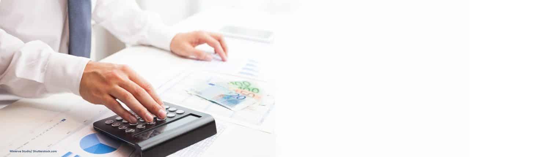 Steuerberater, Taschenrechner, Steuerrückzahlung, Bausteuer