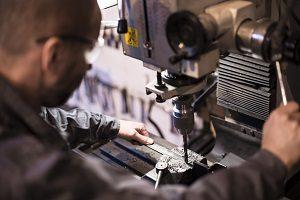Tipp zum Bau erklärt die Einsatzzwecke von Schrauben.