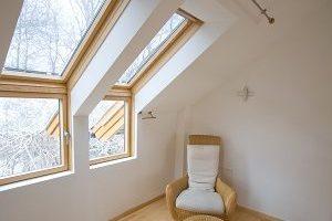 Erfahren Sie alles über die Einsatz-Möglichkeiten eines Dachschrägenschranks bei Tipp zum Bau.