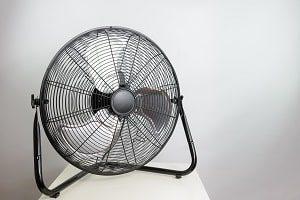Ein Ventilator ist die Lüftungsanlage für den kleinen Geldbeutel.