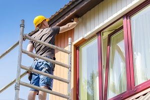 Haus, Fassade, und Fassadenfarbe: finden Sie heraus welche Farbe zu Ihrer Hauswand passt. Mit Tipp zum Bau erfahren Sie mehr über Maler und Außenfarbe
