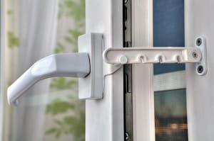 Sichern Sie mit Tipp zum Bau Ihre Fenster vor Einbrechern