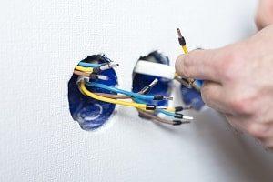 anmachen, anstecken, Elektriker, Schalter