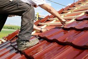 Bau, Konstruktion, Gebäude, bauen, rote Dachziegel, Dach, Dachstuhl