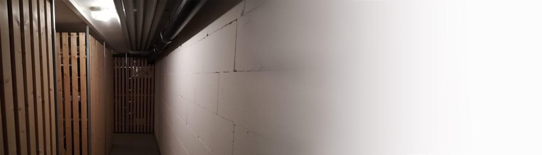 Keller, Wand, Trennwände, Kellertrennwände, Kellerwand, Untergeschoss, Holz, Holzwand, Mauer, Rohre