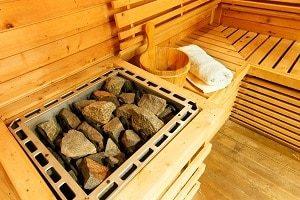 Tipp-zum-Bau erklärt, worauf beim Saunaofen geachtet werden muss.