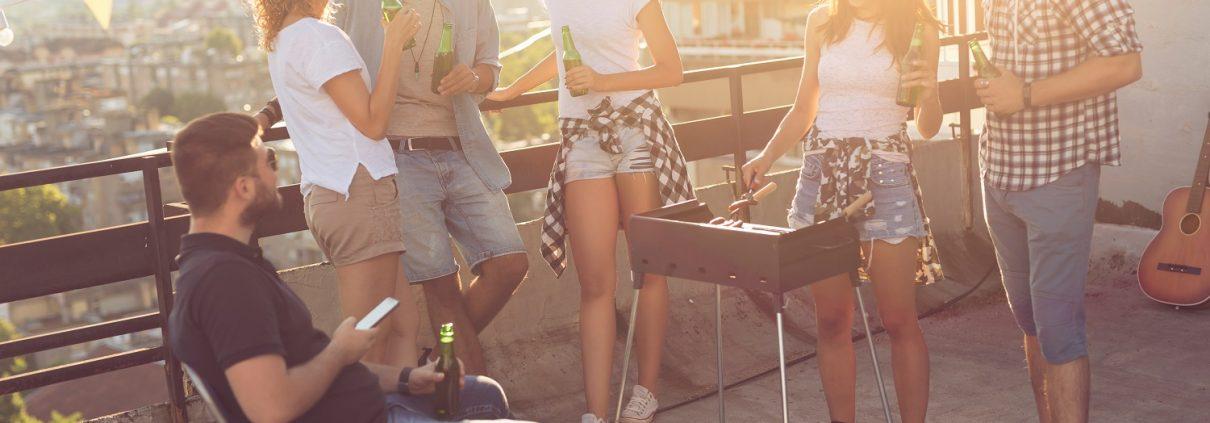 Bei Tipp zum Bau finden Sie alles, um Ihren Balkon in eine Partylocation zu verwandeln.