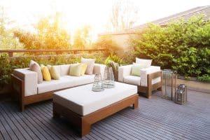 Tipp zum Bau zeigt Ihnen moderne Gartenmöbel für Ihre Terrasse.