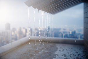 Eine Aufgabe des Bauphysikers ist der Schutz vor Regen.