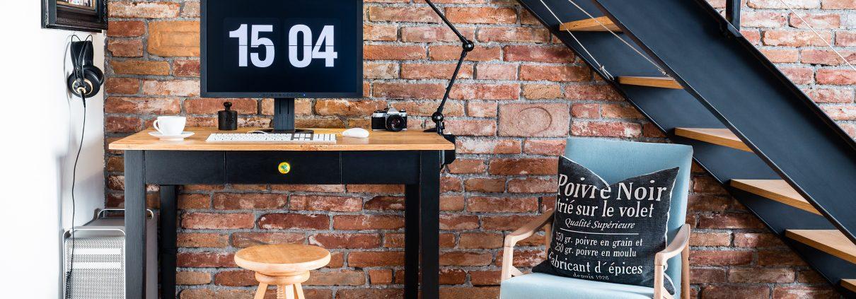 Tipp zum Bau erklärt Ihnen wie Sie bestenfalls einen Arbeitsplatz im Schlafzimmer arrangieren.