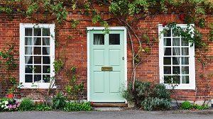 Altbau ist die Bezeichnung für Häuser aus der Gründerzeit, den 20er und 30er Jahren und Fachwerkhäuser.