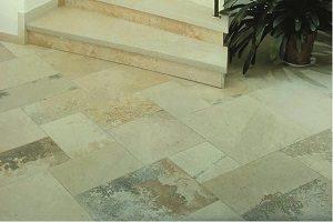 Naturstein eignet sich gut als Treppenbelag. Tipp zum Bau informiert Sie dazu.
