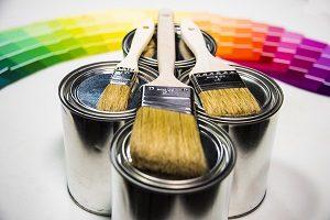 Wandfarben können die Wirkung eines Raumes komplett verändern. Tipp zum Bau berät Sie bei der Wahl einer passenden Innenfarbe.