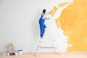 Wandfarben können die Wirkung eines Raumes komplett verändern. Tipp zum Bau berät Sie bei der Wahl einer passenden Wandfarbe.