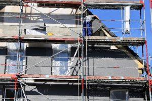 Tipp zum Bau verrät Ihnen, was bei der Außendämmung zu beachten ist.