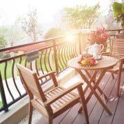 Tipp zum Bau vergleicht für Sie alle Arten von Balkonböden, damit Sie auch sicher die richtige Lösung für sich finden.