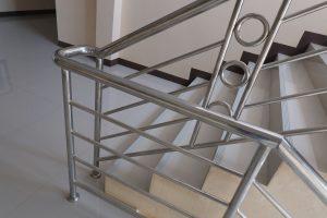 Barrierefreies Bauen von Treppen ist ein Muss in Ihrem Gewerbe. Erfahren Sie bei Tipp zum Bau, ob und wie Ihre Treppen geeignet sind.