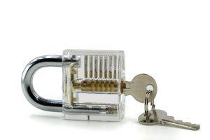 Warum Ihre Kellertüren mit einem Profilzylinder einbruchsicher sind erfahren Sie auf Tipp zum Bau.