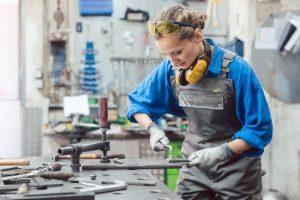 Tipp zum Bau informiert Sie über die Ausbildung zum Metallbauer.