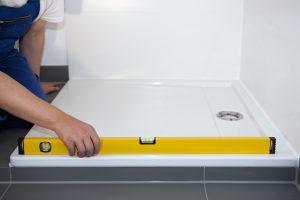 Welche Sanitärwerkzeuge Sie zum Messen benötigen, erfahren Sie bei Tipp zum Bau.