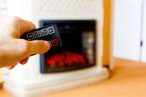 Bei Tipp zum Bau erfahren Sie von den Möglichkeiten, um Ihren Elektrokamin fernzusteuern.