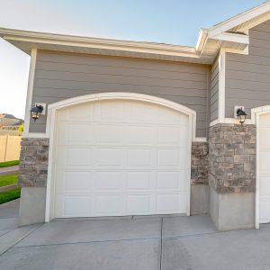 Erfahren Sie bei Tipp zum Bau, wie Sie mehr Einbruchschutz in Ihre Garage bringen.