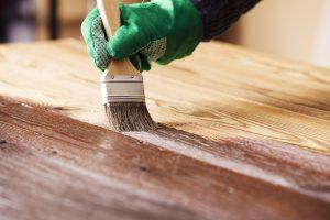 Tipp zum Bau zeigt Ihnen, wie Sie häufiges Streichen Ihrer Küchenrückwand vermeiden.