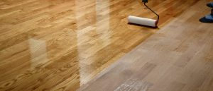 Bei der Lasierung Ihres Holzboden hilft Ihnen Tipp zum Bau.