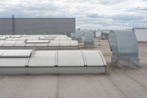 Mit Tipp zum Bau finden Sie Ihr perfektes Flachdachfenster.