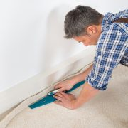 Tipp zum Bau zeigt, wie Sie Teppichboden verlegen