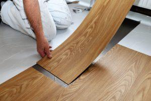 Vinylböden bieten einige Vorteile. Erfahren Sie bei Tipp zum Bau, ob sich Vinylböden auch für Ihr Gewerbe eignen.