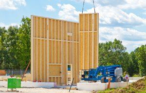 Tipp zum Bau zeigt Ihnen, welches Holz sich für einen Bungalow eignet.