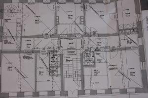 Tipp zum Bau informiert Sie über Bauunternehmen als typische Fachbetriebe.