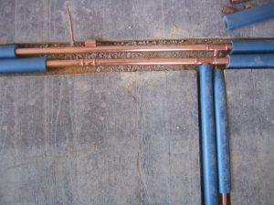 Tipp zum Bau zeigt, dass es sich lohnt, Heizungsrohre auszutauschen. Dies ist besonders im Rahmen einer barrierefreien Sanierung des Badezimmers sinnvoll.