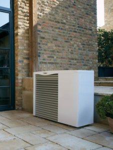 Tipp zum Bau erklärt Ihnen die Härtegrade des Wassers und wie Sie die Verkalkung des Wärmespeichers vermeiden.