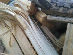 Tipp zum Bau gibt Ihnen Tipps zur Brennholz-Lagerung des Kamins.