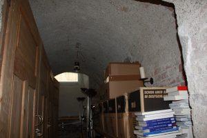 Erfahren Sie von Tipp zum Bau, welcher Luftentfeuchter für den Keller geeignet ist.
