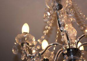Tipp zum Bau liefert Ihnen kreative Ideen für personalisierte Beleuchtung im Schlafzimmer.