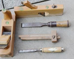 Welche Werkzeuge ein Schreiner benutzt, erfahren Sie bei Tipp zum Bau.
