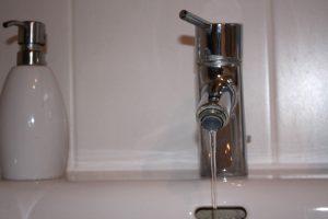 Ihre Trinkwasserhygiene hängt unter anderem vom Material Ihrer Wasserleitung ab.
