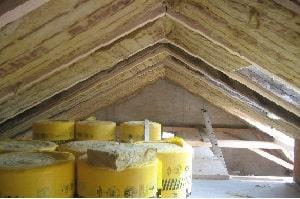 Tipp zum Bau erklärt Ihnen, wie Sie Ihre Dampfbremse richtig einbauen.
