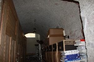 Eignen sich als Stauraum genutzte Keller für die Kellerdeckendämmung? – Tipp zum Bau klärt auf.