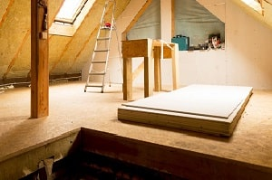 Tipp zum Bau klärt Sie über die anfallenden Kosten beim Bau eines Mansarddachs auf.